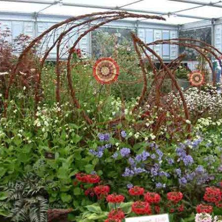 Willow sculpture of screens at chelsea flower show