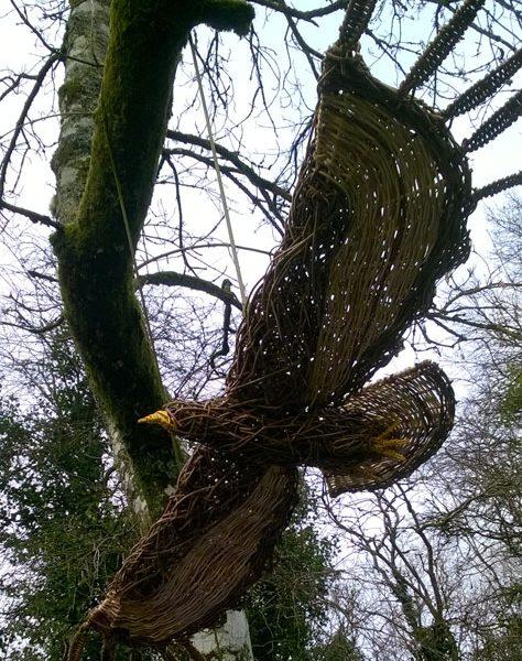 Flying buzzard willow sculpture