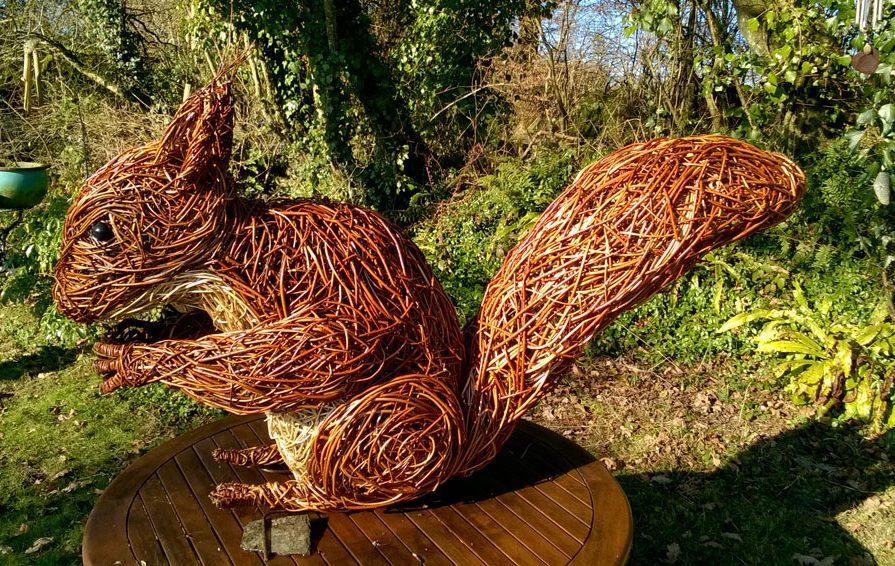 red squirrel willow sculpture