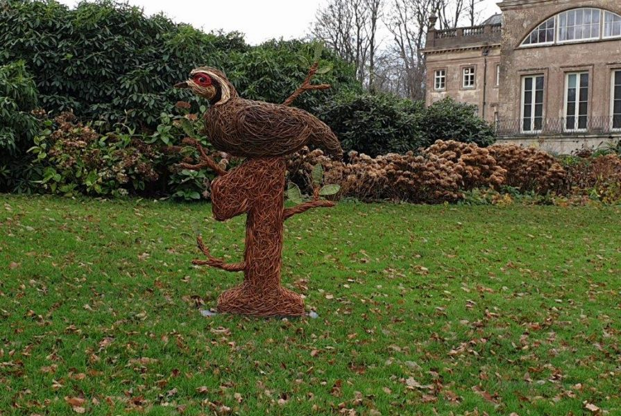 willow sculpture of partridge in a pear tree