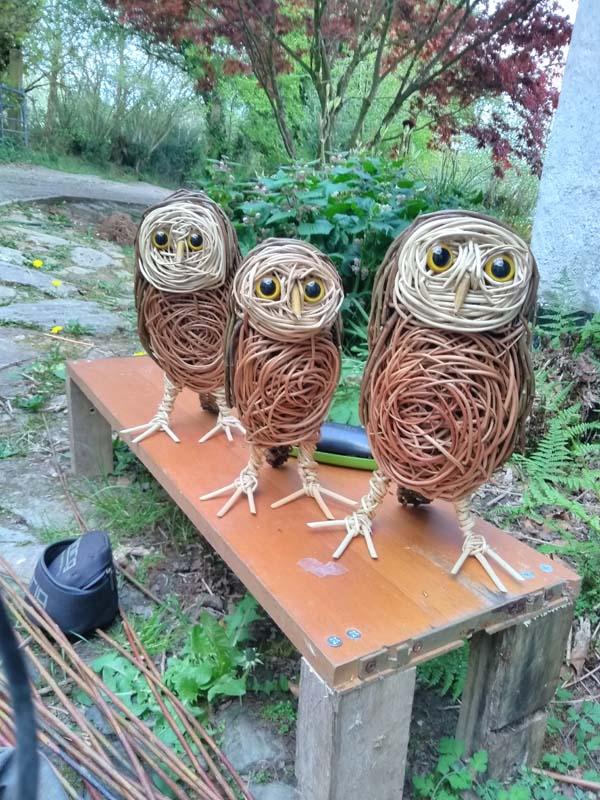 little owls willow sculpture.