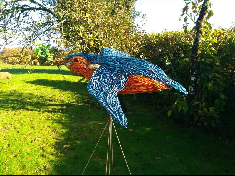 4 foot long willow kingfisher